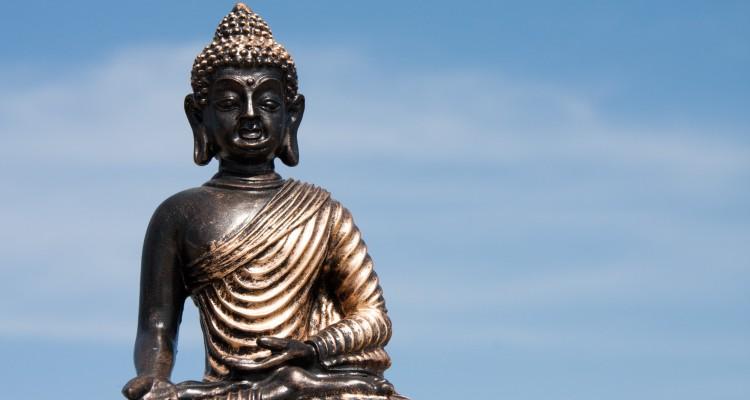 Buddha in den Wolken