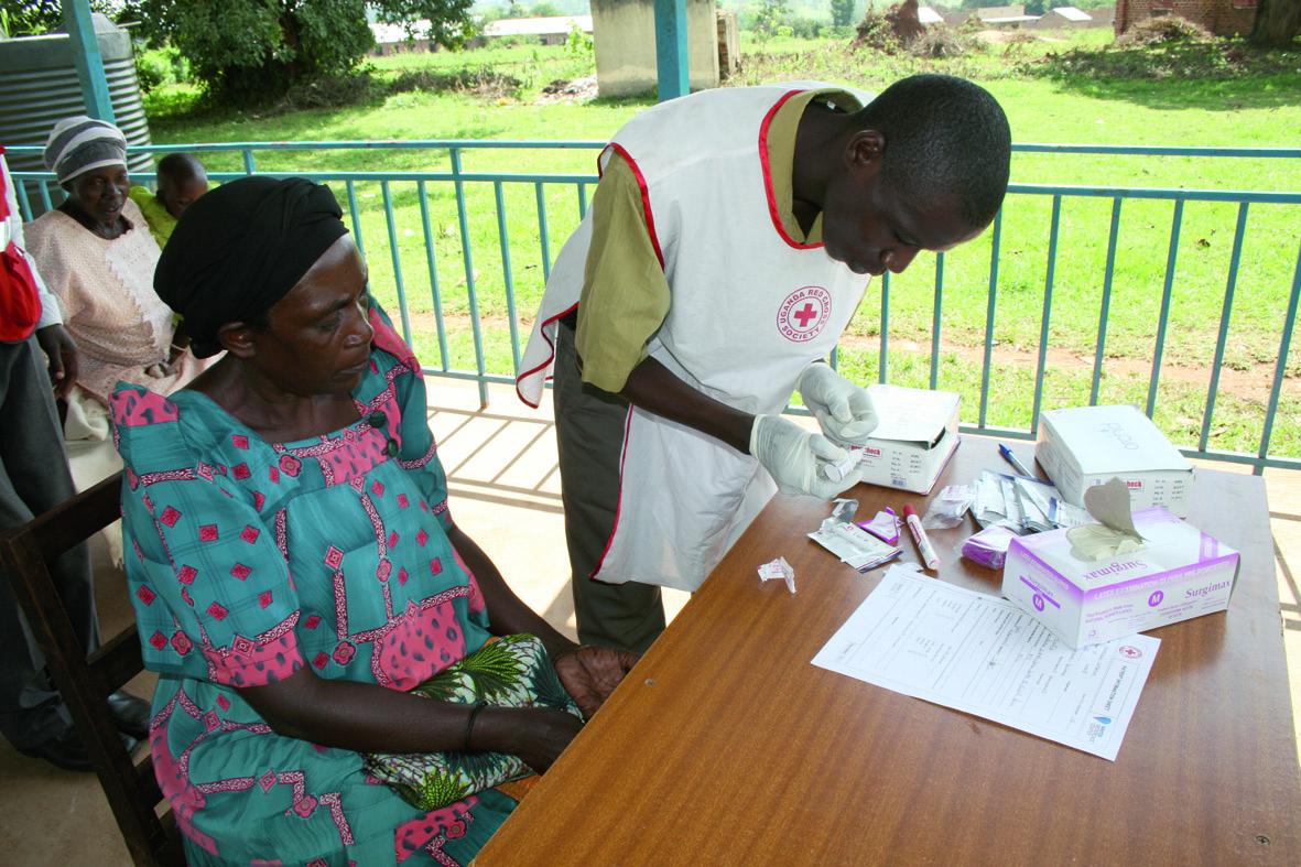 Malaria-Schnelltest: Ein Blutstropfen verrät, ob eine Infektion vorliegt.   (Abb: © Jim Humble Verlag)
