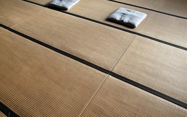 zen im schlafzimmer japanische mittel gegen den schlafmangel. Black Bedroom Furniture Sets. Home Design Ideas