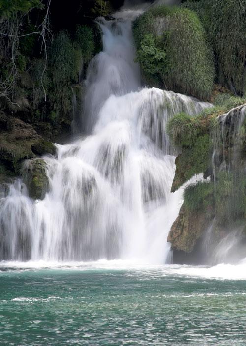 Wasser-Jelena_Popic-fotolia