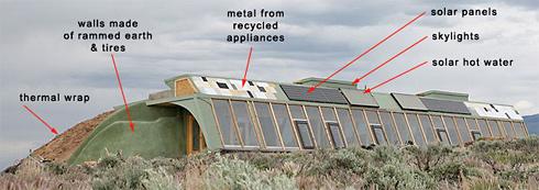 Earthships: Autarke Häuser aus Müll | Sein.de
