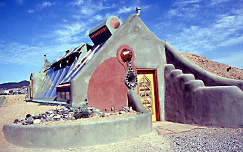 earthship-gross
